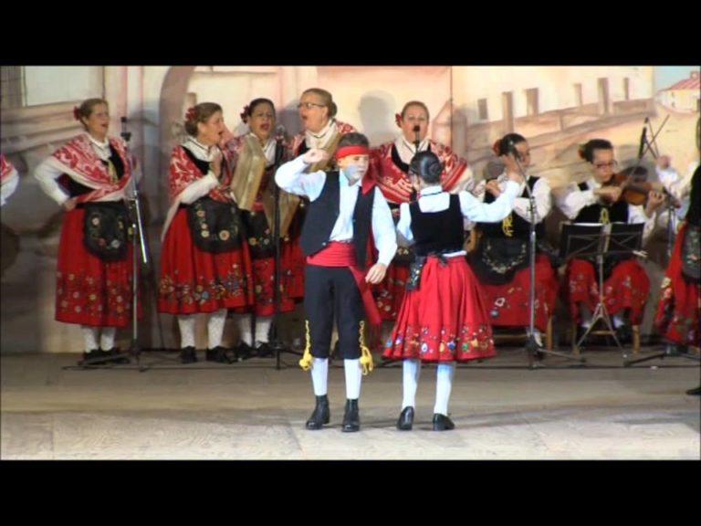 coros y danzas 2 768x576